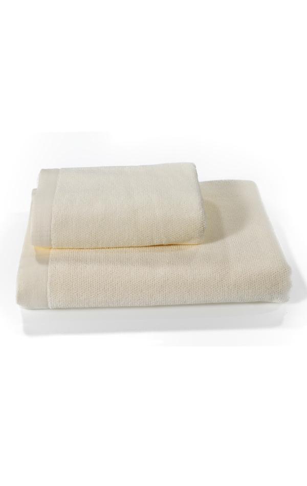 Soft Cotton Osuška LORD 85x150 cm. Froté osušky LORD ze 100% česané bavlny zaručují nejlepší jemnost a stálost ve Vaší koupelně. Smetanová