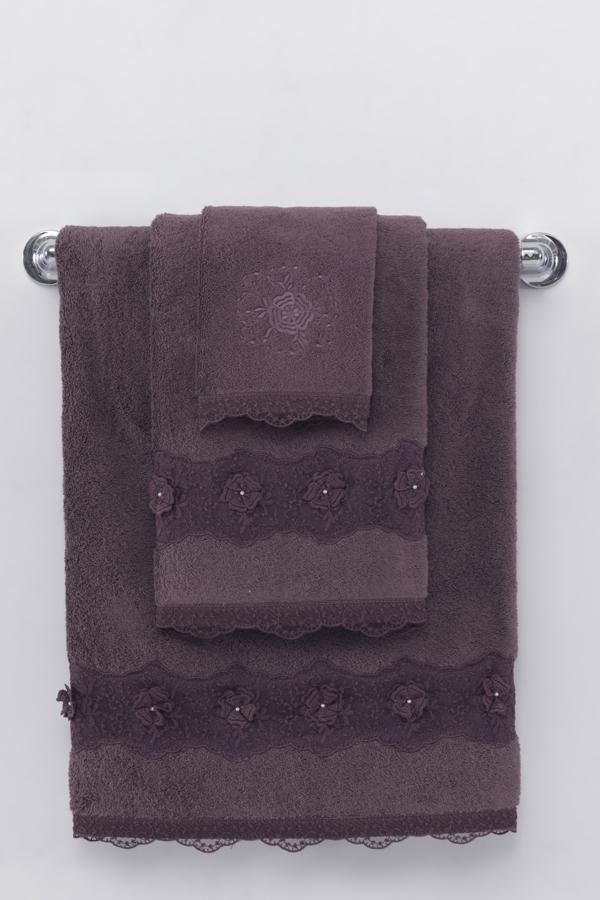 Soft Cotton Luxusní osuška YONCA 85x150 cm. Osuška YONCA výborně saje vlhkost, je dostatečně velká a velmi šetrná k pokožce. Její rozměry jsou 150 x 85 cm, gramáž je 580 g/m2. Tmavě hnědá