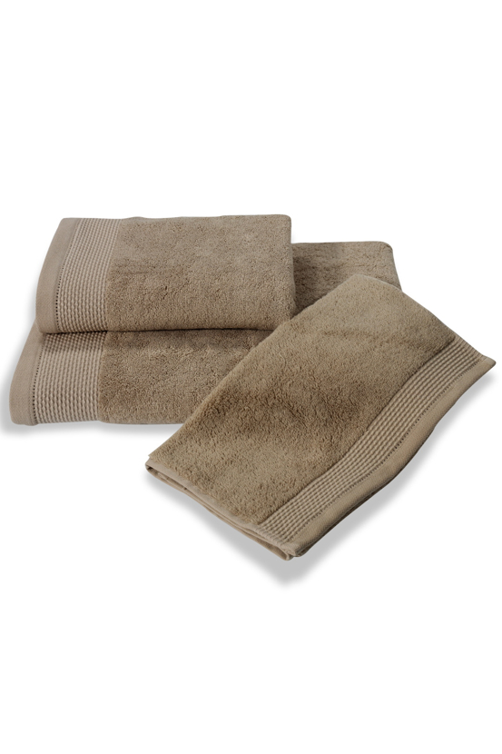 Soft Cotton Bambusová osuška BAMBOO 85x150 cm. Bambusové osušky BAMBOO mají přirozené antibakteriální vlastnosti, odolávají bakteriím a plísním a jsou ideální pro každodenní použití i do sauny. Béžová
