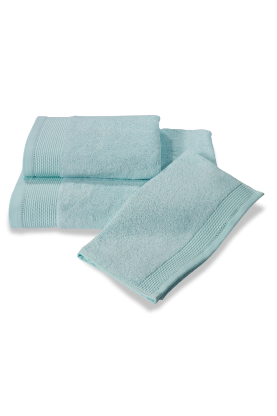 Soft Cotton Bambusová osuška BAMBOO 85x150 cm. Bambusové osušky BAMBOO mají přirozené antibakteriální vlastnosti, odolávají bakteriím a plísním a jsou ideální pro každodenní použití i do sauny. Mentolová