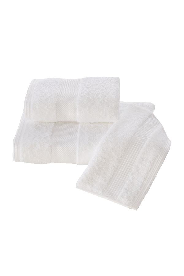 Soft Cotton Dárková sada ručníků a osušek DELUXE. Dárkový set ručníků a osušek DELUXE z modalového vlákna (32x50cm + 50x100cm+ 75x150cm). Pojme až 5x tolik vody, než sama váží v suchém stavu! Bílá
