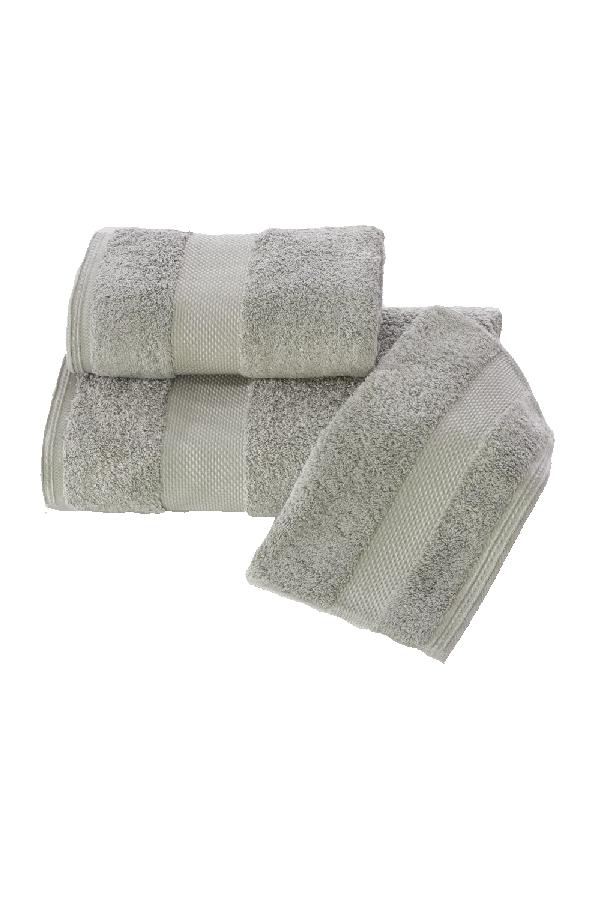 Soft Cotton Dárková sada ručníků a osušek DELUXE. Dárkový set ručníků a osušek DELUXE z modalového vlákna (32x50cm + 50x100cm+ 75x150cm). Pojme až 5x tolik vody, než sama váží v suchém stavu! Šedá