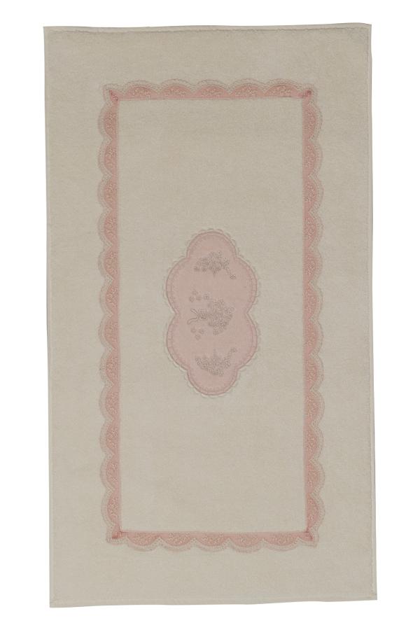 Soft Cotton Koupelnová předložka BUKET. Koupelnová předložka BUKET v rozměru 50 x 90 cm, vyrobená z kvalitní 100% česané egejské bavlny je elegantní v každém okamžiku. Krémová