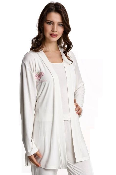 Luisa Moretti Dámské bambusové pyžamo LUCIA s županem. Kvalitní set pyžama a županu ze 100% bambusového vlákna s antibakteriálními a hypoalergeními vlastnostmi. S Krémová