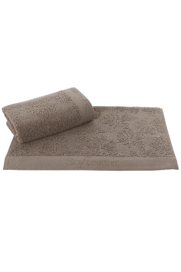 Soft Cotton Osuška LEAF 85 x 150 cm. 100% česaná bavlna s antibakteriální úpravou bude konejšit vaše tělo. Gramáž froté osušky LEAF je 500 g/m² a rozměry 85 x 150 cm. Hnědá