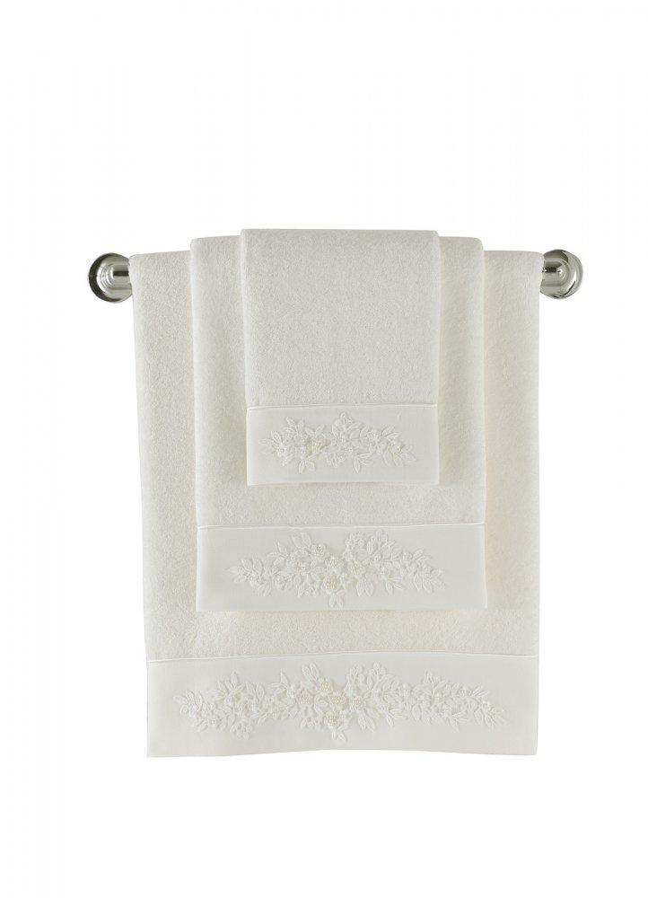 Soft Cotton Malý bambusový ručník MASAL 32x50cm. Bambusový malý ručník MASAL 32 x 50 cm, vyrobený z bambusového vlákna 60% a česané bavlna 40%, přirozeně aktibakteriální, vhodný pro alergiky. Smetanová